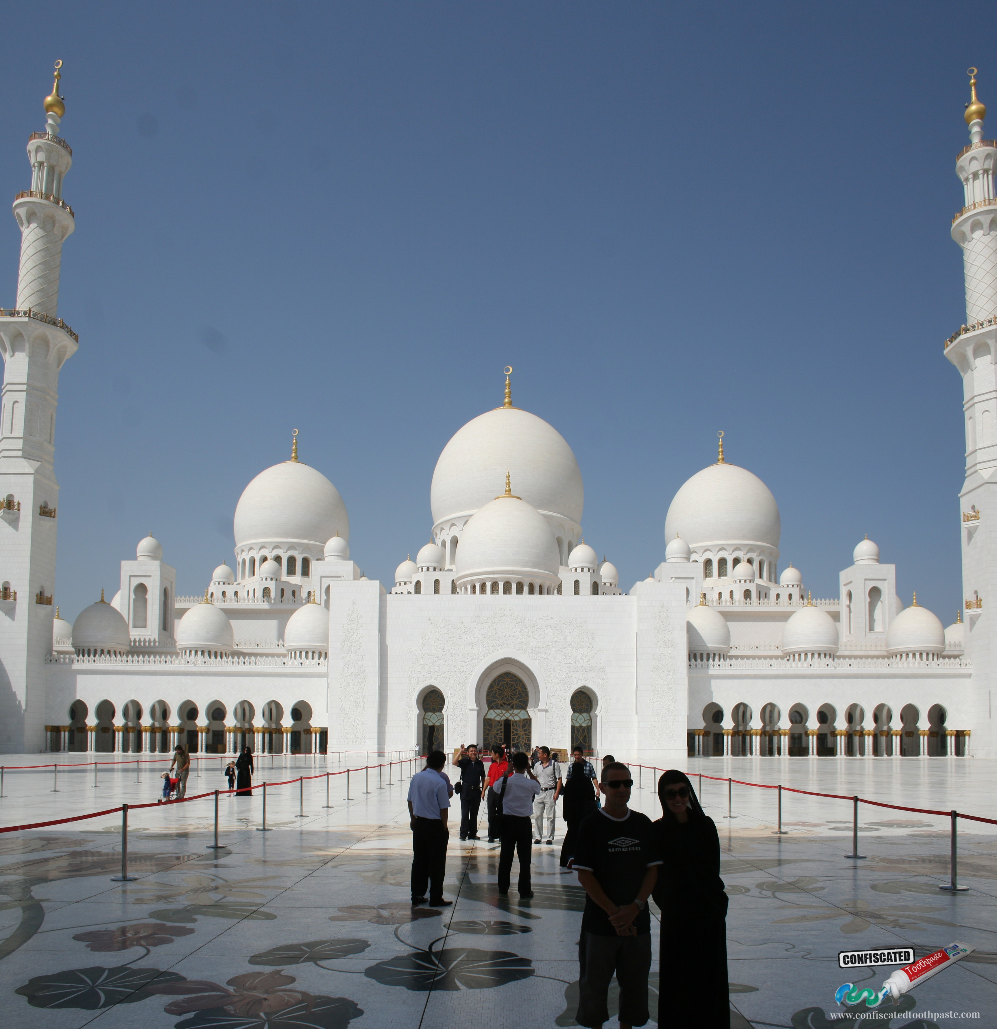 The incredible Sheikh Zayed Mosque in Abu Dhabi, UAE