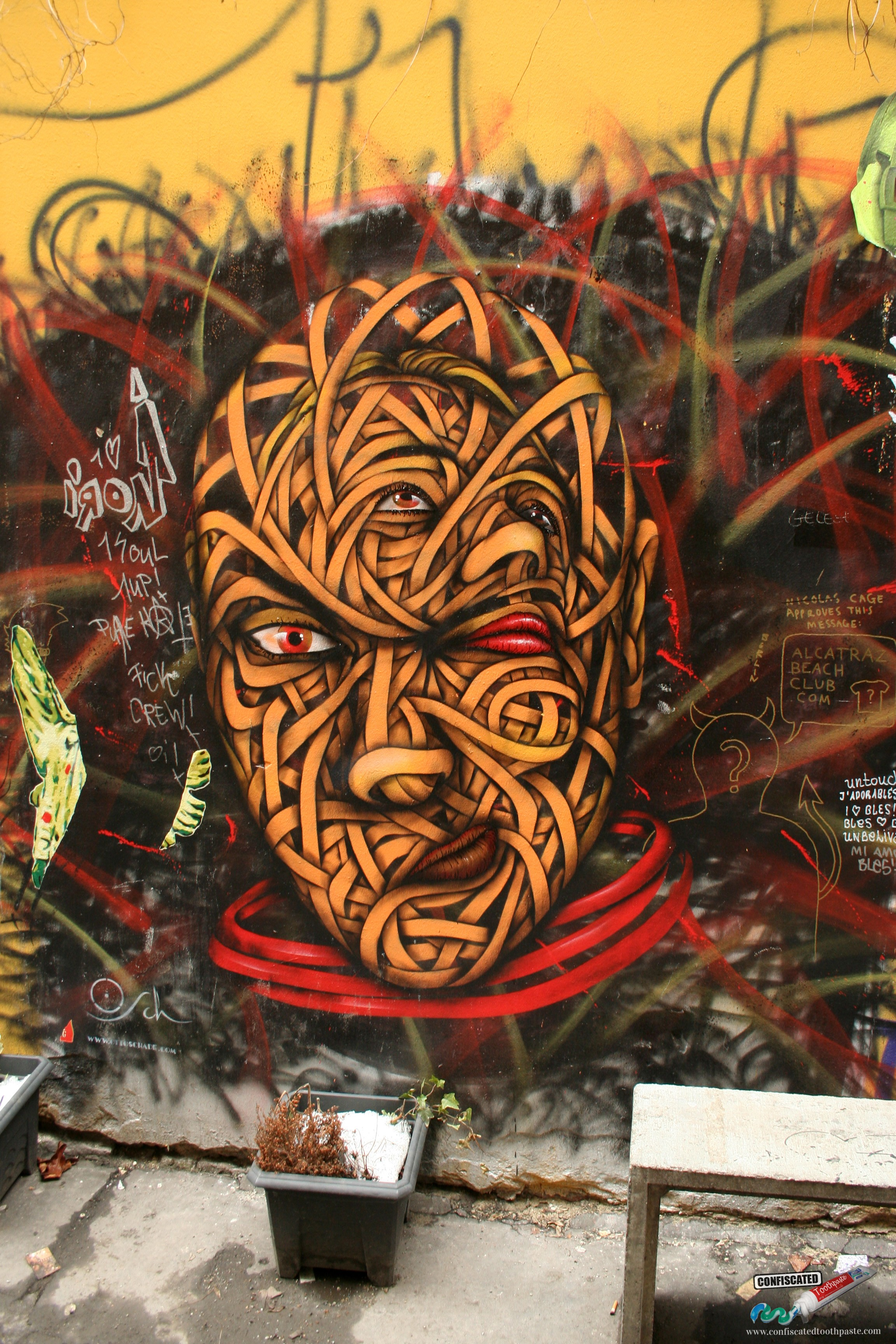 Multiple Faces, Hackescher Markt, Berlin
