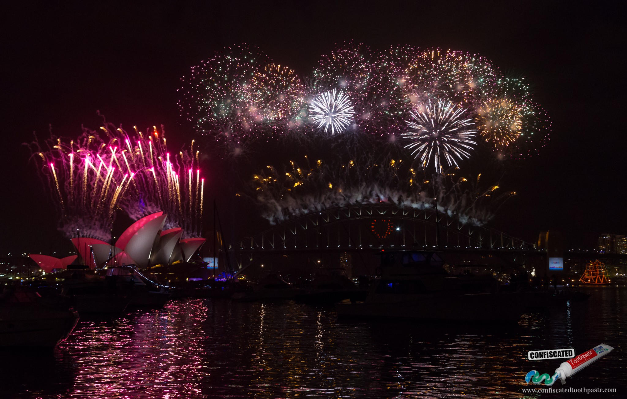 Sydney Harbour New Year's Eve Fireworks Photos