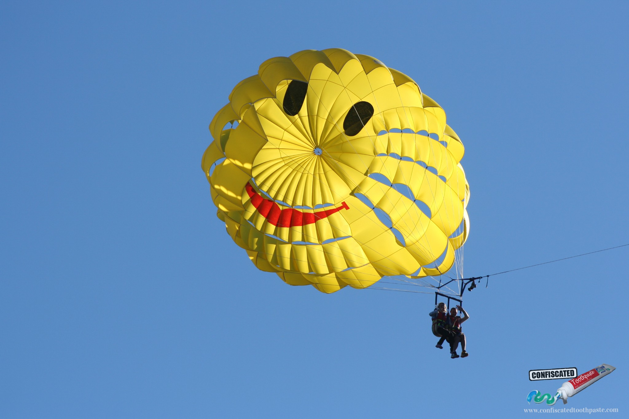 Happy Paragliders, Queenstown, New Zealand