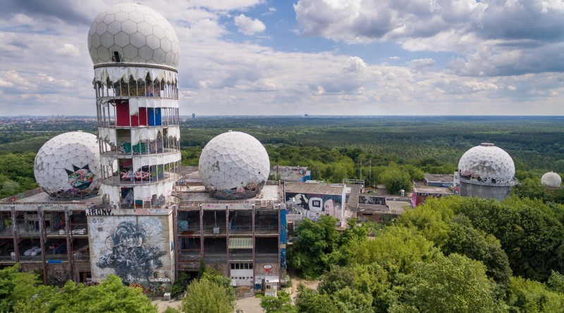 Teufelsberg and Field Station Berlin upon Grunerwald Forest, Berlin